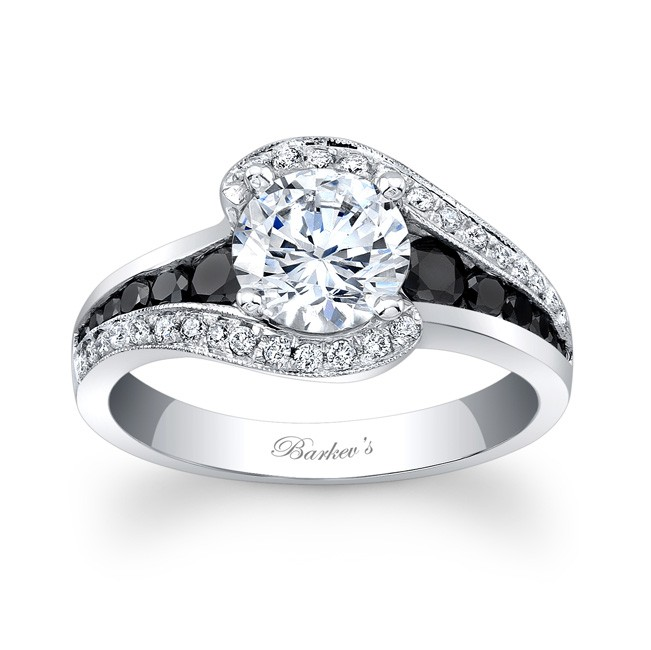 modern engagement ring bel princess hand right colorless cut rings viaggio or ctw products r moissanite