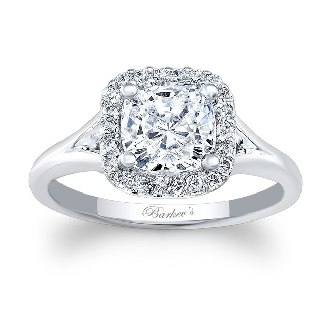Lovely Cushion Cut Engagement Ring